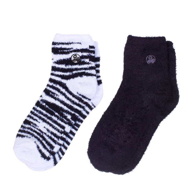 Soft Black & White Aloe socks - Double Pack Socks