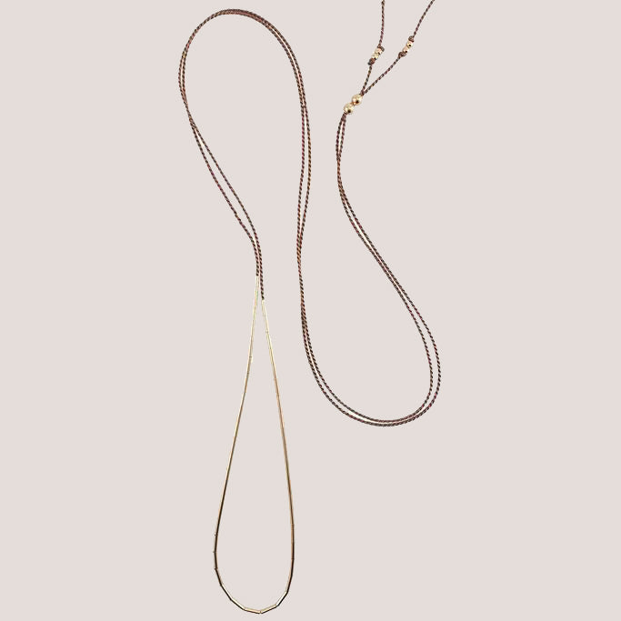 Abicus Row Minimalist Dorado Necklace