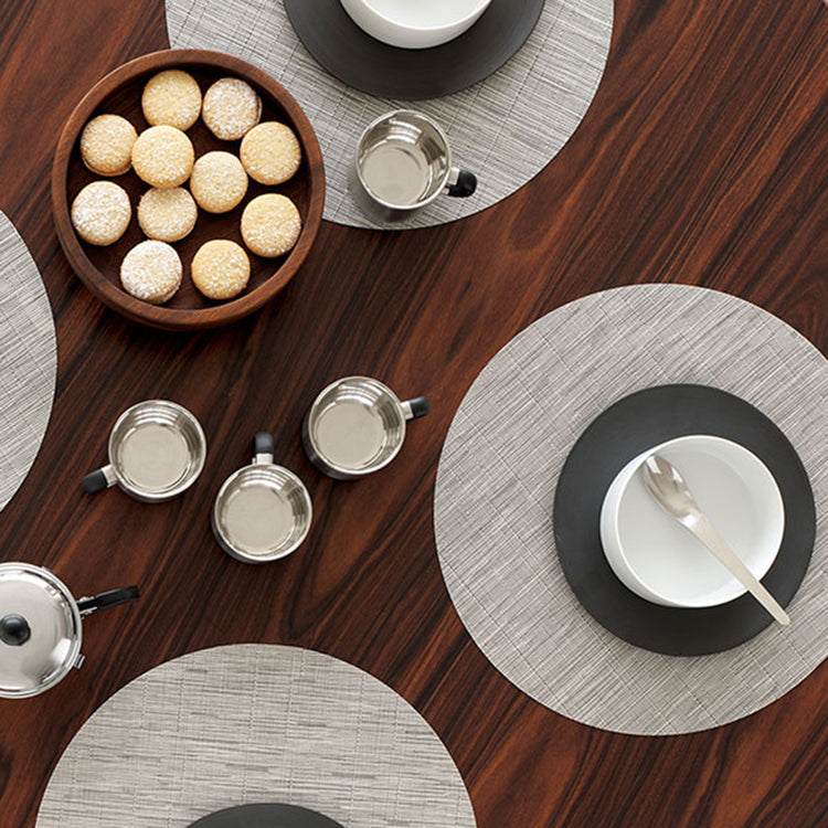 Chilewich Round Bamboo Placemats in Chalk