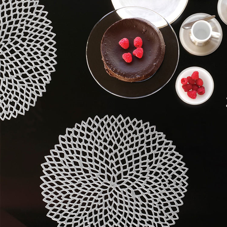 Chilewich Dahlia Metallic Placemats