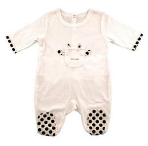 This adorable, white, footed onesie has a little pocket on the front with a cute animal theme. Polka dots on the ends of the sleeves and bottom of the feet add to the cuteness. The french closure on the back provides the perfect place to add a name or a monogram!  Size 0-6 Months and 6-12 Months  100% cotton