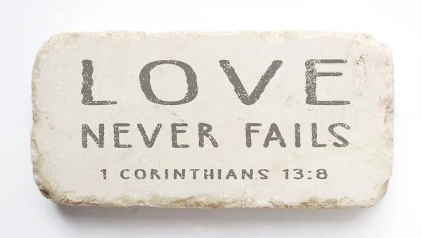 Medium - Scripture Marble Stone - Love Never Fails