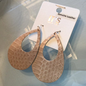 Teardrop Earring (leather)
