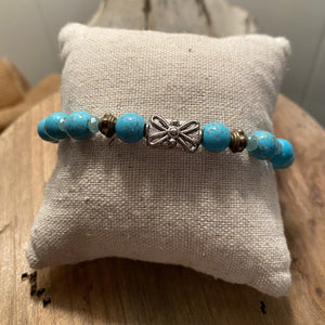 Turquoise bracelet with crown charm - J2165