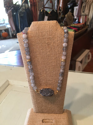 Elastic Beaded Choker Necklace with Large Stone #1059