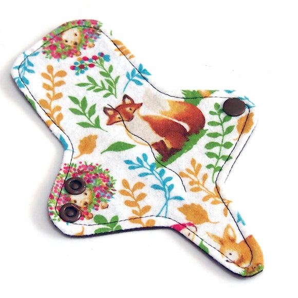 ULTRATHIN Reusable Cloth Pad 7 inch Adjustable Thong liner - Retro Forest - Cotton flannel top