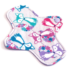 7 inch Reusable Cloth winged ULTRATHIN Pantyliner - Fox Toss Cotton Flannel Fabric