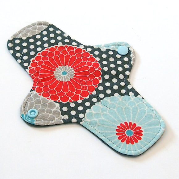8 inch Reusable Cloth winged ULTRATHIN Pantyliner - Modern Geranium Quilter's Cotton Top