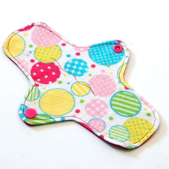 8 inch Reusable Cloth winged ULTRATHIN Pantyliner - Pastel Bubbles Cotton Flannel