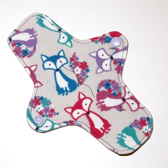 8 inch Reusable Cloth winged ULTRATHIN Pantyliner - Fox Toss Cotton Flannel