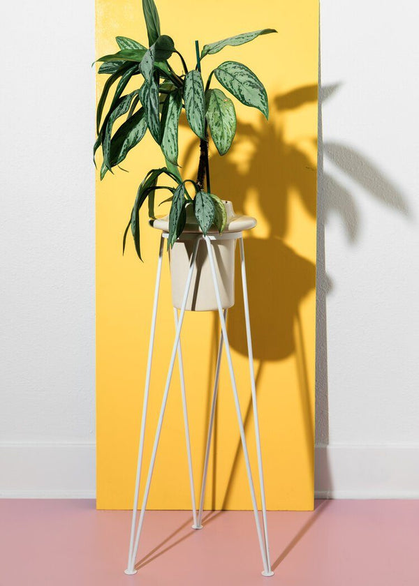 Coated Steel Standing Geometric Planter