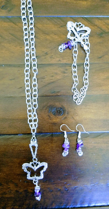 Necklace,  bracelet and earrings set