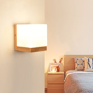 DX Wood Wall Light