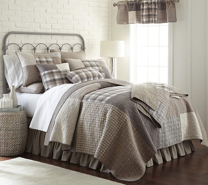 Donna Sharp Queen Farmhouse Smokey Patch 5 Piece Quilt Set - Gray Taupe