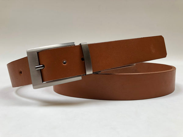Men's Tan Leather Belt with Silver Tone Buckle 42Z8