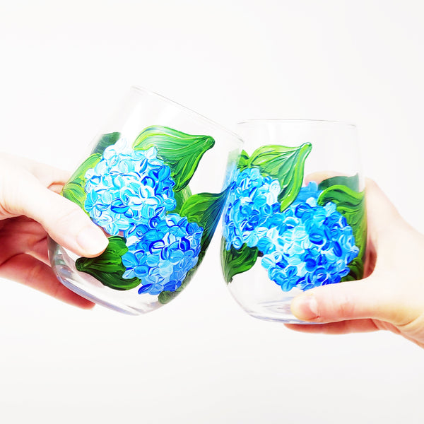 Mom's Night Out! Virtual Art Workshop | Hydrangea Stemless Wine Glasses | 6.23.20 @ 7:30 PM