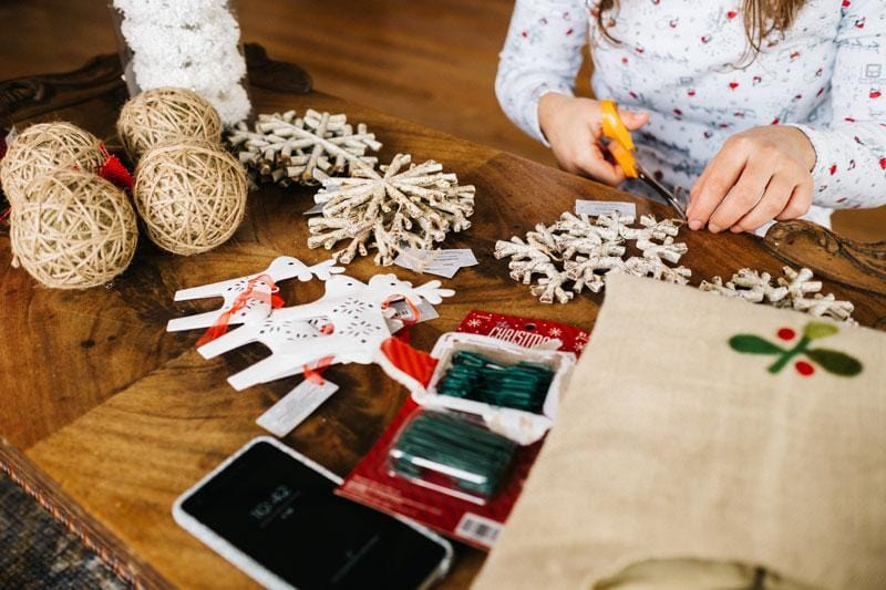 Eco-Friendly Christmas Decorations For Your Home & Office