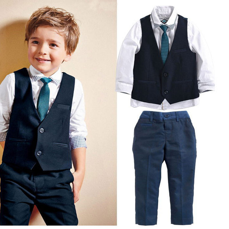 Adorable 4 Pcs Suit Set