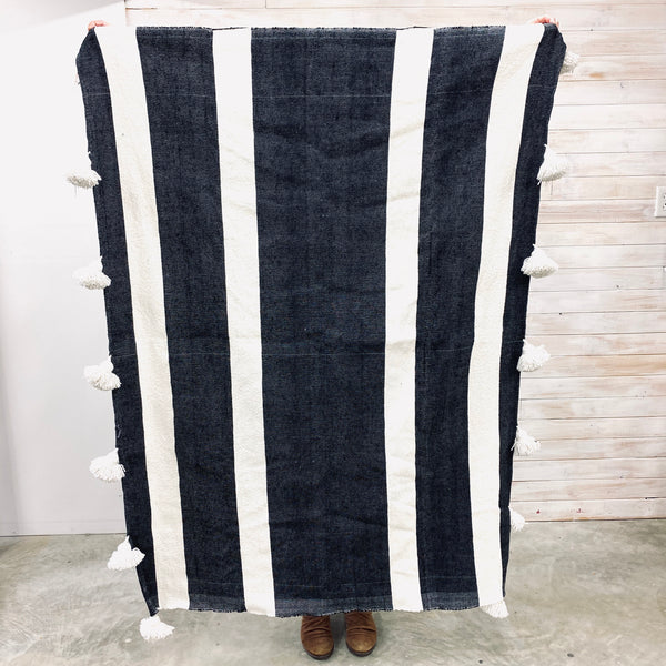Moroccan Throw - black with white stripe