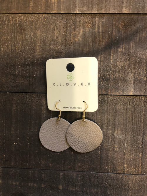 circle leather earrings