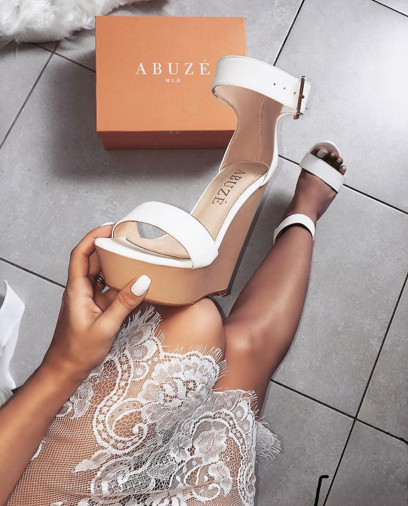 Laurent Ivory White Wedges