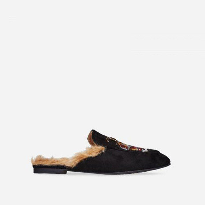 LIONÉ FUR SUEDE BLACK SLIDES - Abuze shoes