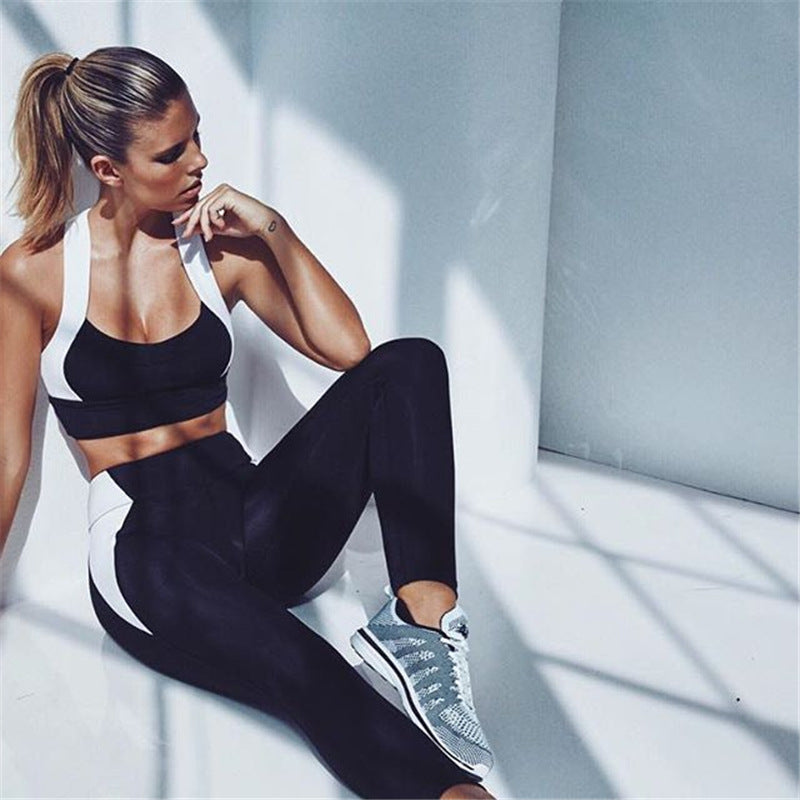 Black And White Crop Top Leggings Workout Fitness Set