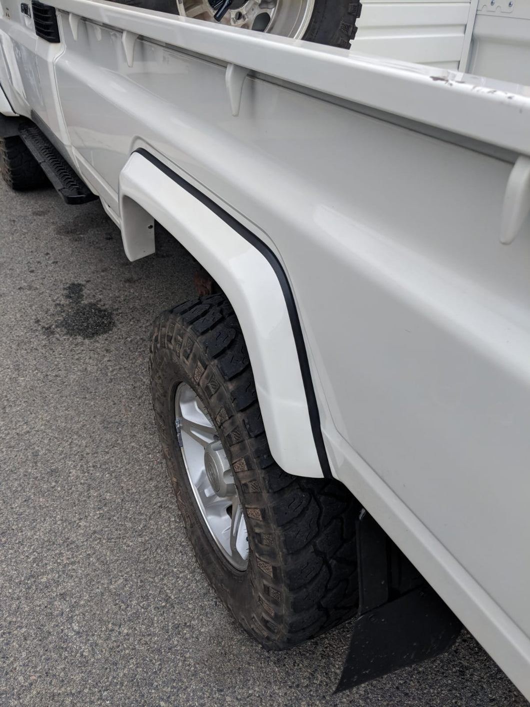 Rear Flares To Suit All 79 Series Land Cruisers With a Well body