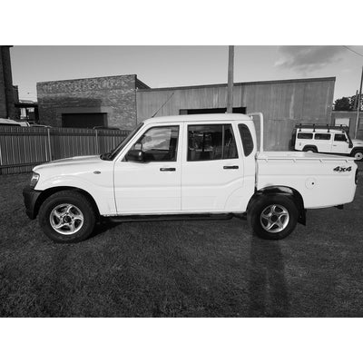 SOLD! 2010 2.5L Mahindra Pik Up Dual Cab Great condition