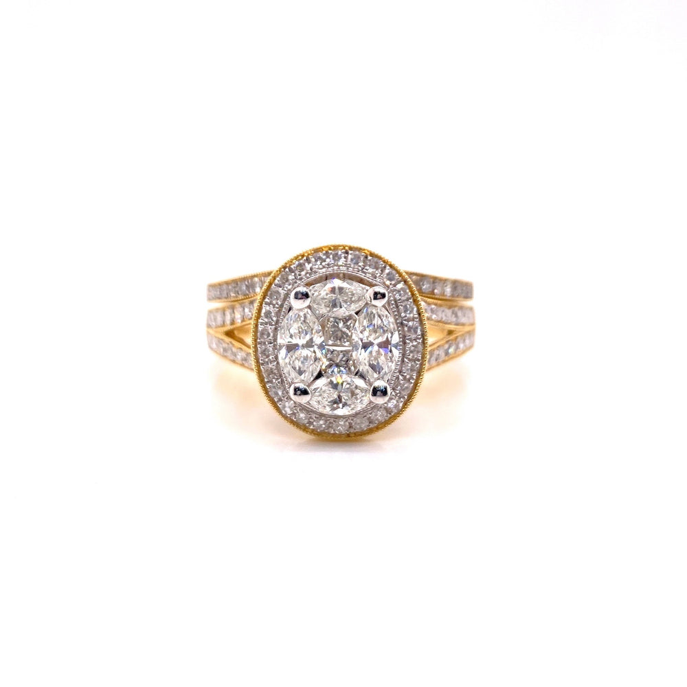 Ladies Oval Top Diamond Ring With Matching Band