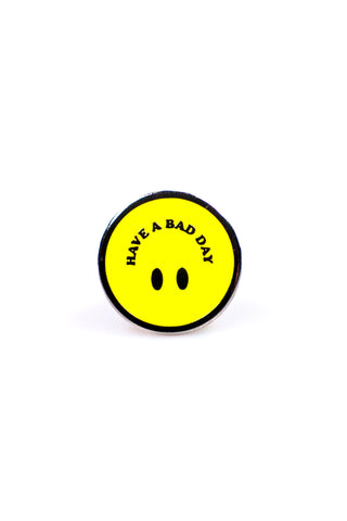 SMILEY BAD HAT (WHITE)