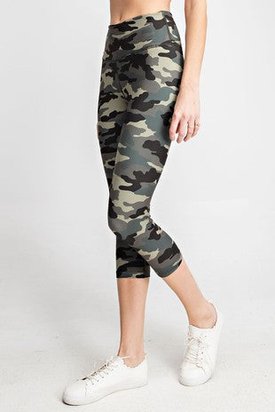 Camo Capri Yoga Pants