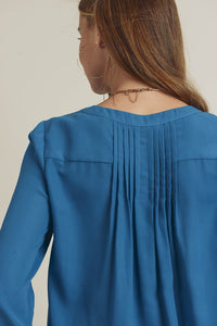 Pintuck Back Detail Button Up Blouse