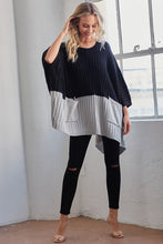 Solid Contrast Knit Poncho With Pockets