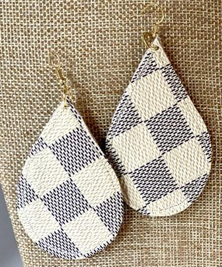 LV Azur tear drop earring