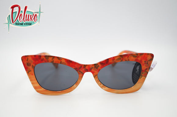 Catch a Thief - Vintage Vixen - Peach Floral