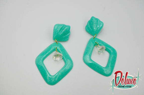 Minty Pearl - Diamond shaped dangle earrings
