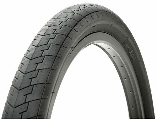 UNITED DIRECT TYRE 18