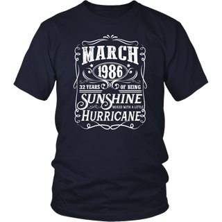 Legends Were Born In March 1986 - 32th Birthday Gift T-Shirt