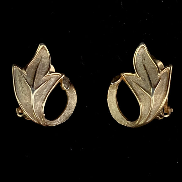 1960s Pastelli Gold Abstract Leaf Earrings - Retro Kandy Vintage