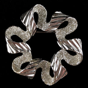 1971 Sarah Coventry Ribbonette Brooch