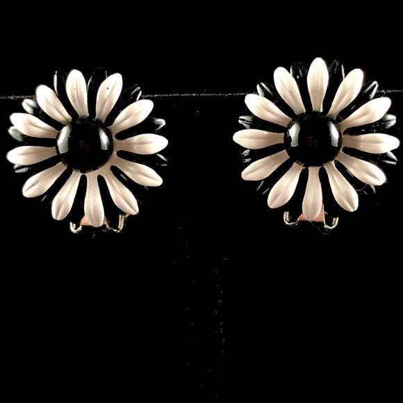 Late 60s/ Early 70s Black & White Enamel Earrings - Retro Kandy Vintage