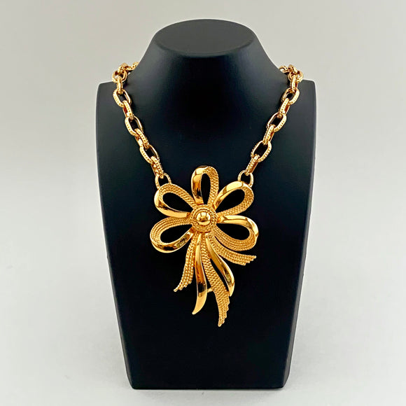 1960s Monet Bow Pendant Chain Necklace