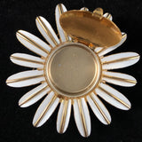 1970 Avon Daisy Pin With Perfume Glacé - Retro Kandy Vintage