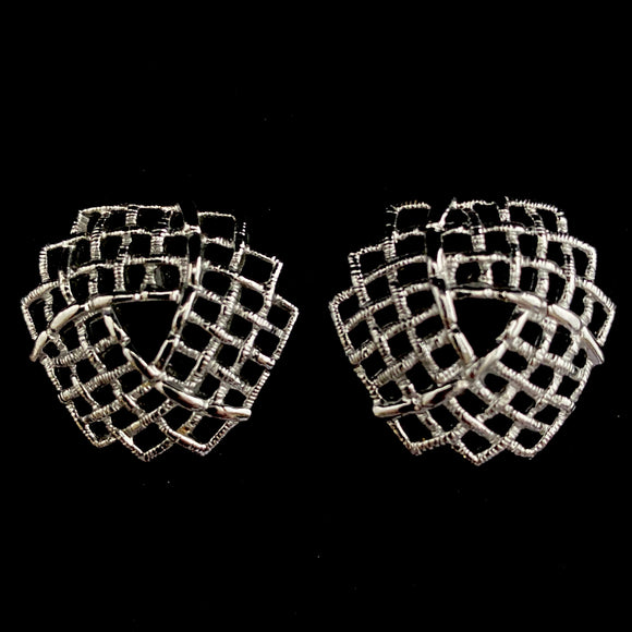 1973 Sarah Coventry Trellis Earrings - Retro Kandy Vintage