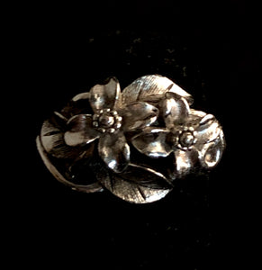 1975 Avon Orchard Blossoms Ring - Retro Kandy Vintage