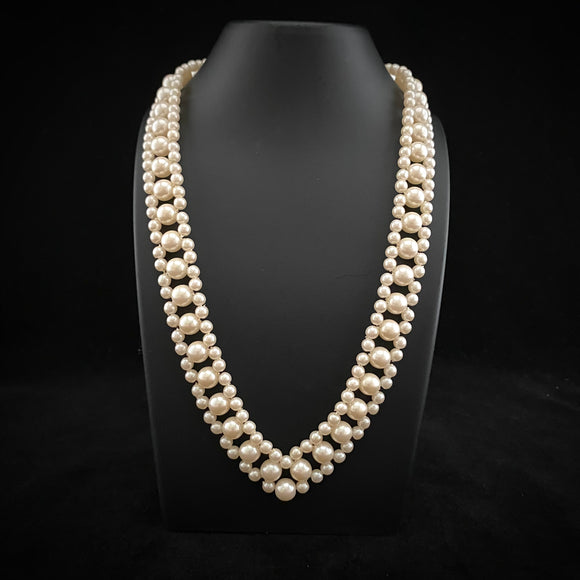 Late 60s/ Early 70s Faux Pearl Choker