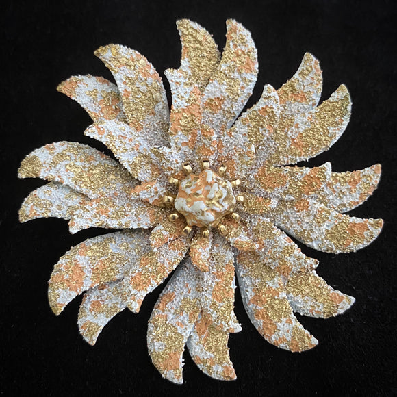 Late 40s/ Early 50s Coro Flower Brooch - Retro Kandy Vintage