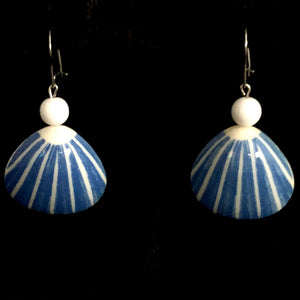 1987 Avon Seashore Earrings - Retro Kandy Vintage
