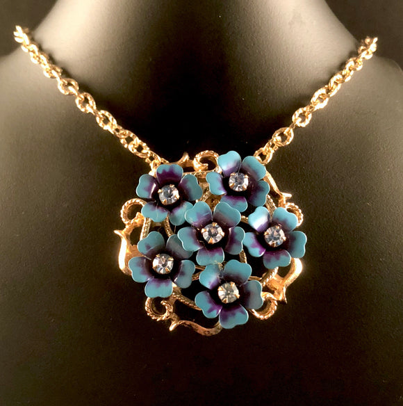 1972 Avon Love Blossoms Necklace